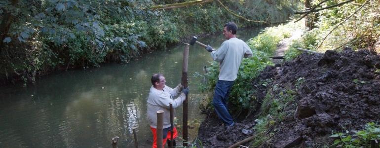 Installation des poteaux à tresser