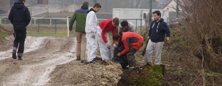 Nettoyage des déchets avec l'association Nature Libre
